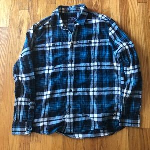 Blue plaid American Eagle men's flannel